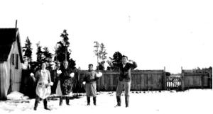 snow fight at jones family farm july 1939 mast arch